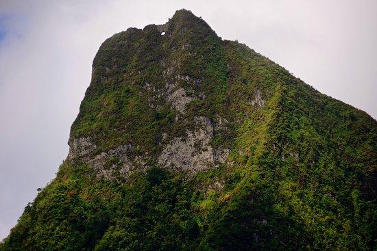 Heure du conte – La légende de la montagne percée