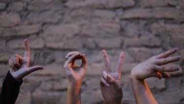 11-Langue des signes